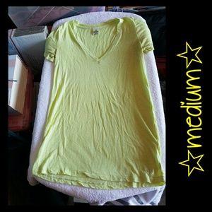 VS PINK Tshirt *medium*